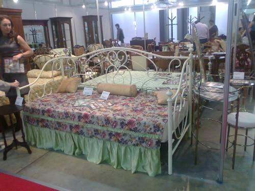 Кровать с ковкой 9910 античная медь, город Рязань